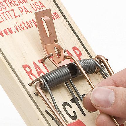 Victor® Metal Pedal Rat Trap - 36 Traps | Model BM201-36
